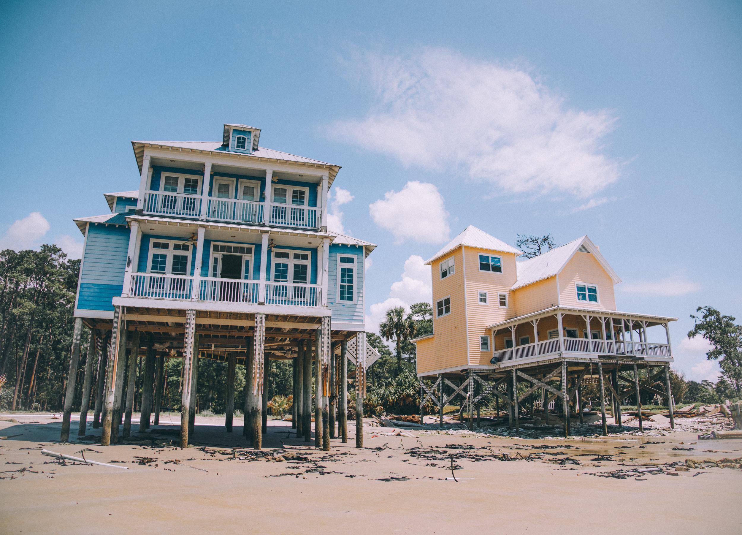 kw-abandoned-beachfront-homes-sc-img3.jpg