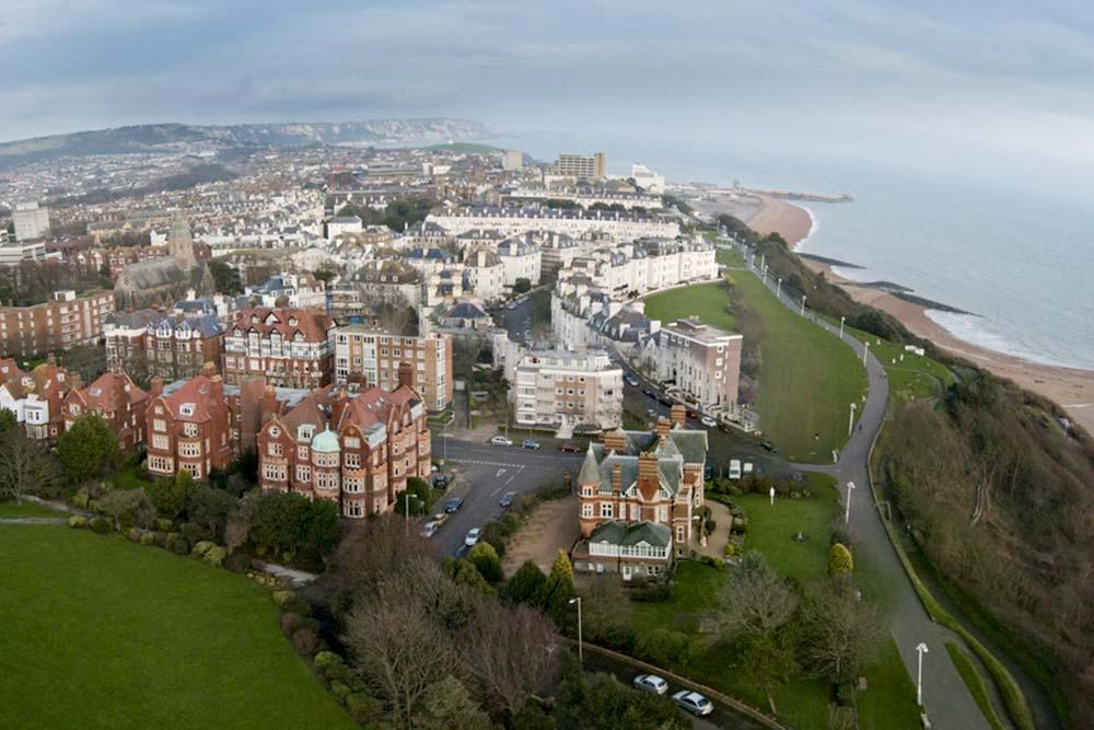 Folkestone -