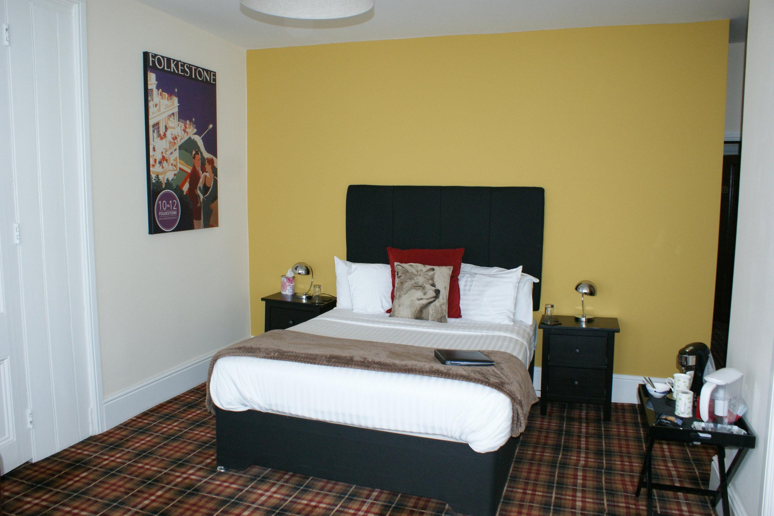 Rm8-Bedroom.JPG