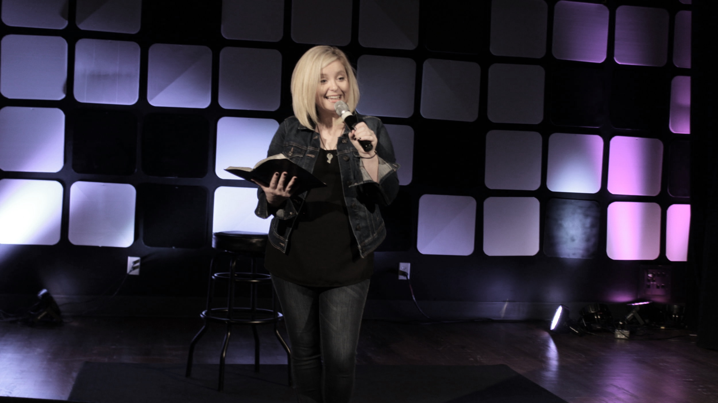 MOMS' NIGHT OUT - COFFEE / LAUGH / WORSHIP