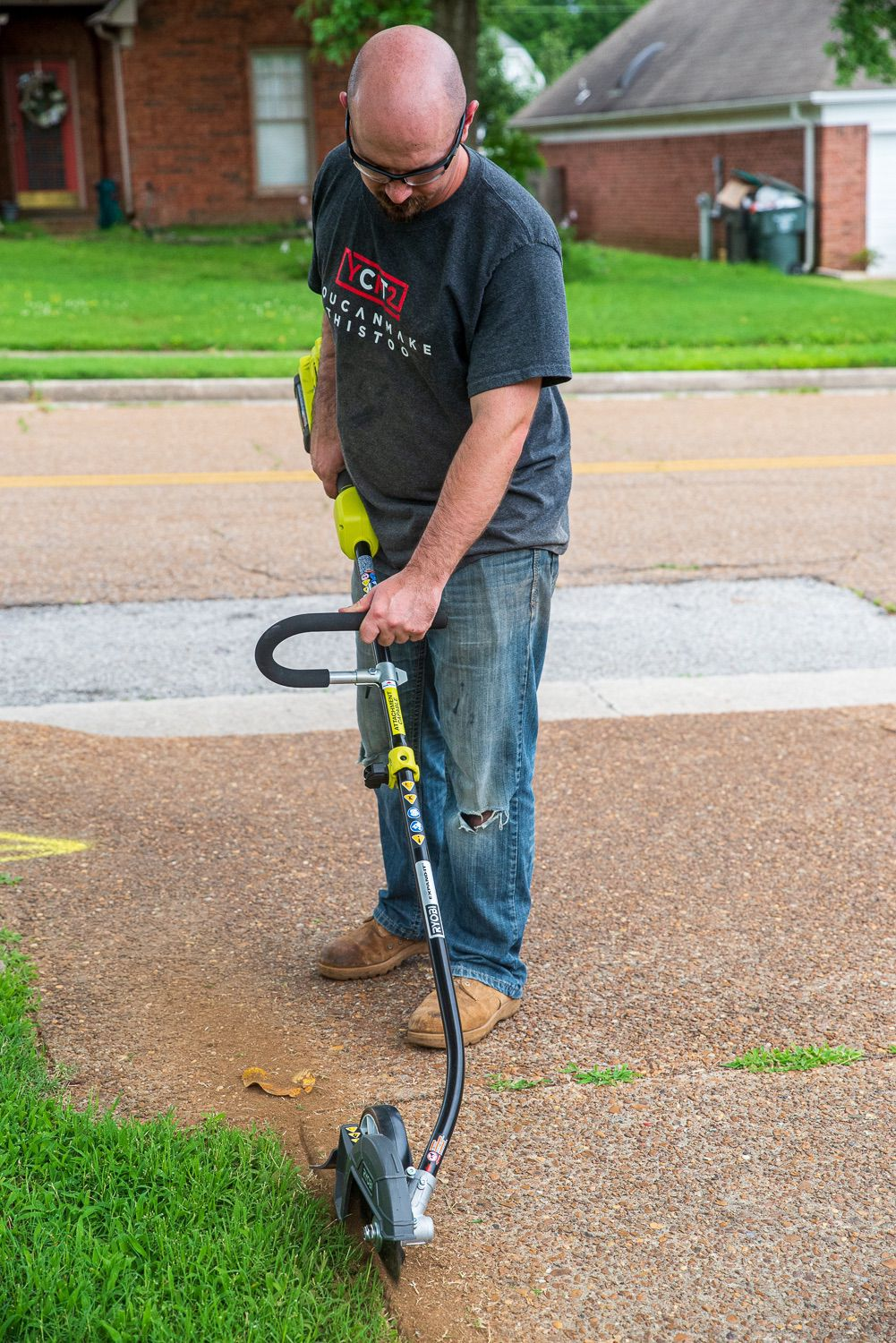 """Ryobi Expand-It 8"""" Edger in use"""