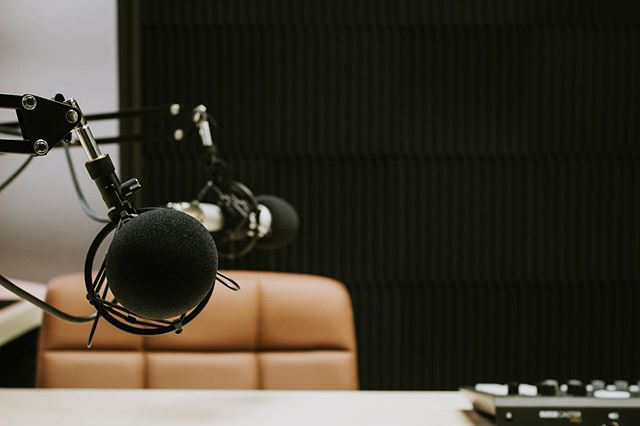 I'm a newbie to podcasting, can I use your studio?⁠ ⠀⠀⠀⠀⠀⠀⠀⠀⠀⁠ Absolutely! This studio was made for newbies and experts alike! We offer a 1 hour walkthough to all clients before you book your first studio session to explain how all the equipment works. We'll make sure you feel fully prepared before your first real session!⁠ #speakpodcaststudio⁠ ⠀⠀⠀⠀⠀⠀⠀⠀⠀⁠ ⠀⠀⠀⠀⠀⠀⠀⠀⠀⁠ #lnk #lnknebraska #lincolnnebraska #nebraska #omaha #omahanebraska #podcaststudio #dtlnk