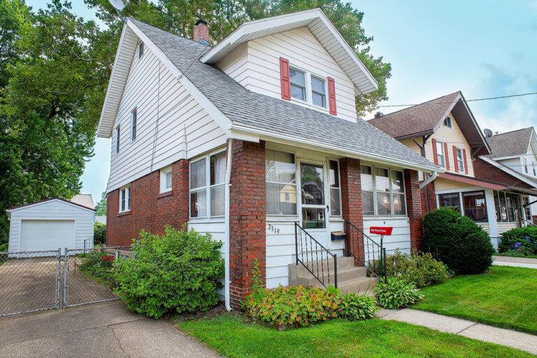 Cute Home, Awesome Neighborhood, $98k!