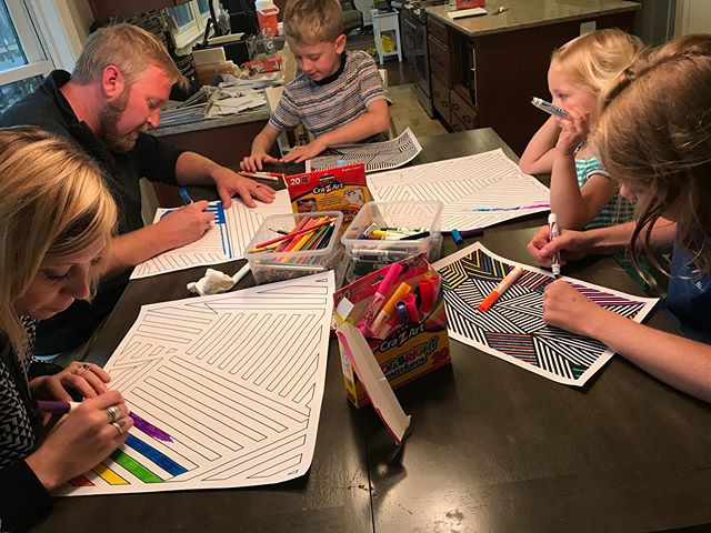Snuck in some quality art time with the McGuckin's during our recent trip to D.C. #lindzandlamb #razzledazzletogether #DCart #razzledazzle #linesonlines #allthecolors