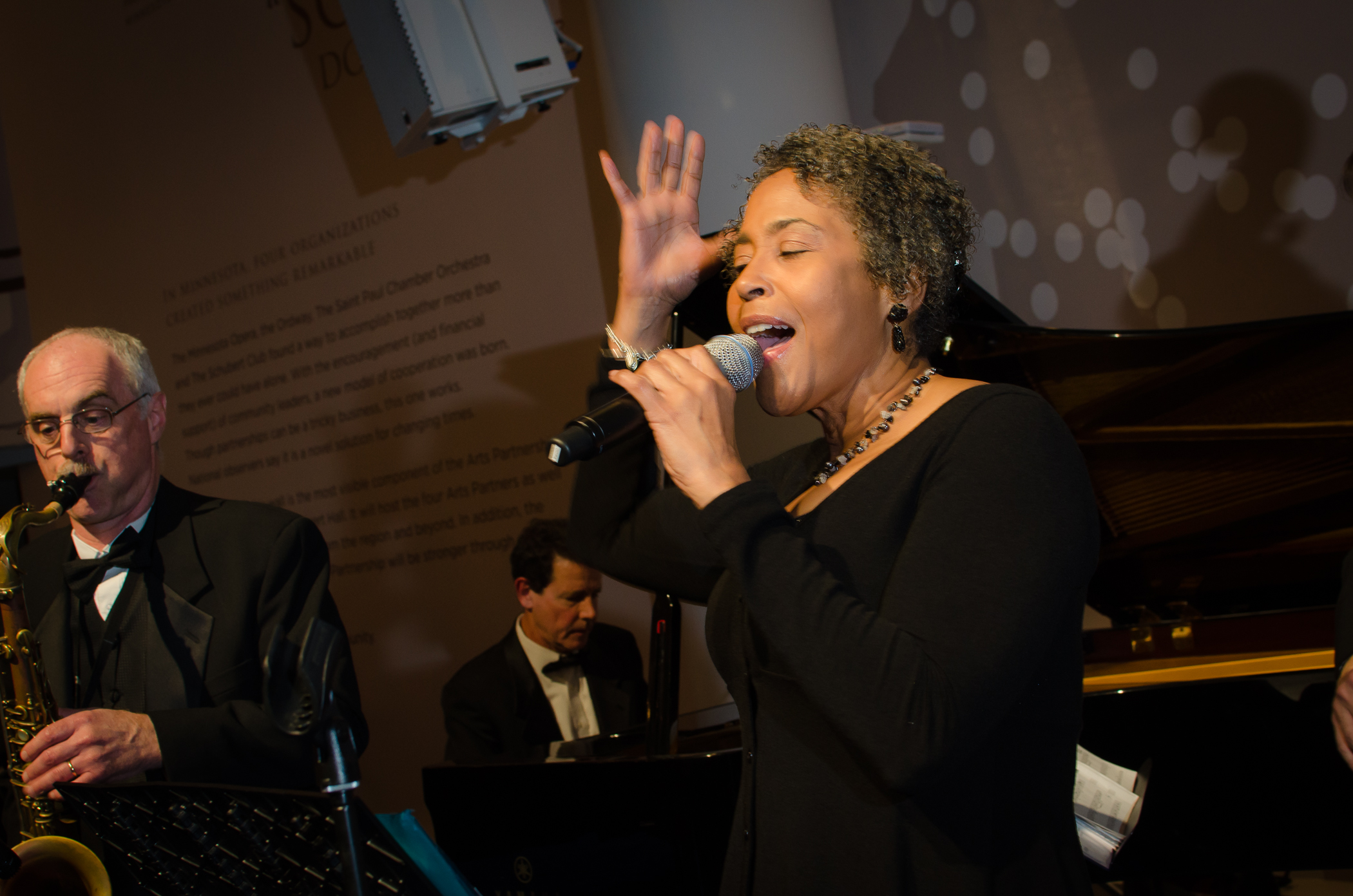 Best Twin Cities' Live Jazz Band - tips the Scales of Jazz - intimate improvisation from a bygone era, Court's In Session is Great Jazz  for events o intimate gatherings where audiences are as much a part of the music as the band. Join or book Court's In Session for a night to remember.