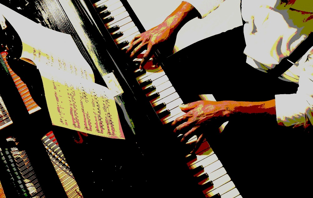 Eric Edwalds - Piano
