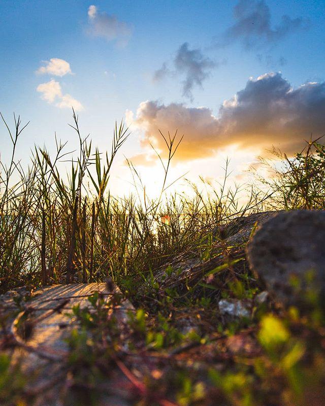 sunset at the lake. 2019. 5Diii / 16-35 f2.8  Watching the sunset with @okitokidoki at Lake Washington.  #canon #5diii #landscapephotography #yeslumix #naturephotography #fineart #dock #pier #river #water #nature #travel #outdoorphotography #floridalife #roamflorida #pureflorida #visitflorida #fl #melbournefl #melbourneflorida #spacecoast #lovefl #spacecoastliving #longexposure #longexpohunter #longexposure_shots