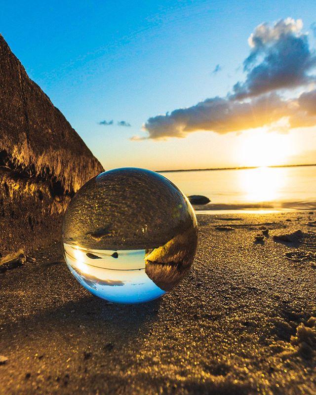 lake washington. 2019. 5Diii / 16-35 f2.8  #lensball #lensballshots #lensballphoto #lensballin #lensballphotography #sunrise #ocean #florida #morning #cloudporn #skyporn #skylovers #lovefl #sunshine #floridalife #day #instasky #sunrise_sunsets_aroundworld #horizon #beachlife #sand #mothernature #roamflorida #pureflorida #sunshinestate #visitflorida #fl #loveflorida