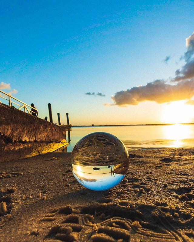 on the shore. 2019. 5Diii / 16-35 f2.8  #lensball #lensballshots #lensballphoto #lensballin #lensballphotography  #lensball_gram #lensballfamily #lensballphotography #lensball_shots #sunsetlovers  #sunsets  #sunsetporn #pureflorida #sunset_madness #skylovers #sunset_pics #landscapephotography #landscapelovers #mothernature #water #nature #travel #outdoorphotography #naturephotography #horizon #cloudporn #skyporn #skylovers #sunshine #instasky