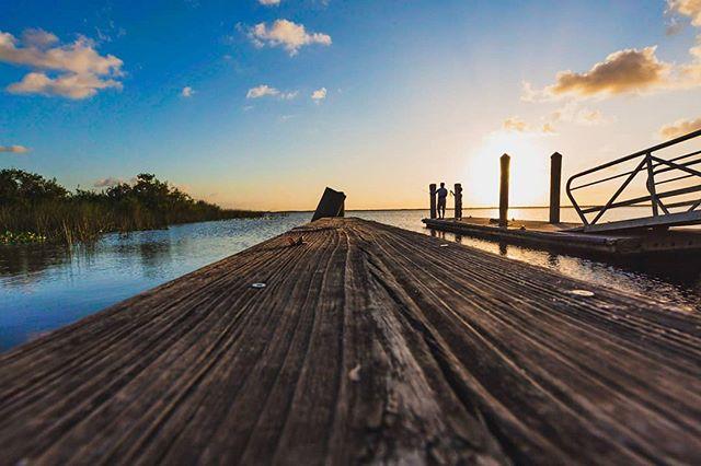 lake washington. 2019. 5Diii / 16-35 f2.8  #florida  #lovefl  #floridalife #roamflorida #pureflorida #visitflorida #fl #melbournefl #spacecoast #loveflorida #sunshinestate #saltlife #landscapephotography #landscapelovers #mothernature #water #nature #travel #outdoorphotography #naturephotography #horizon #cloudporn #skyporn #skylovers #sunshine #instasky #canon5dmarkiii