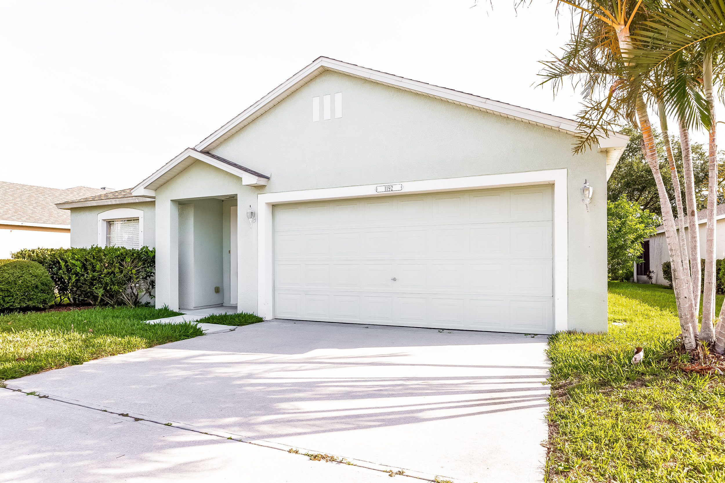SINGLE PHOTO — $50 - — 1 FRONT EXTERIOR PHOTO— INTERIOR NOT PHOTO-READY BUT NEED TO GET YOUR LISTING UP TODAY?— GET 1 HIGH-QUALITY EXTERIOR PHOTO WITHIN HOURS AND GET YOUR PROPERTY SOLD