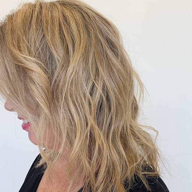 Blonde details 💋