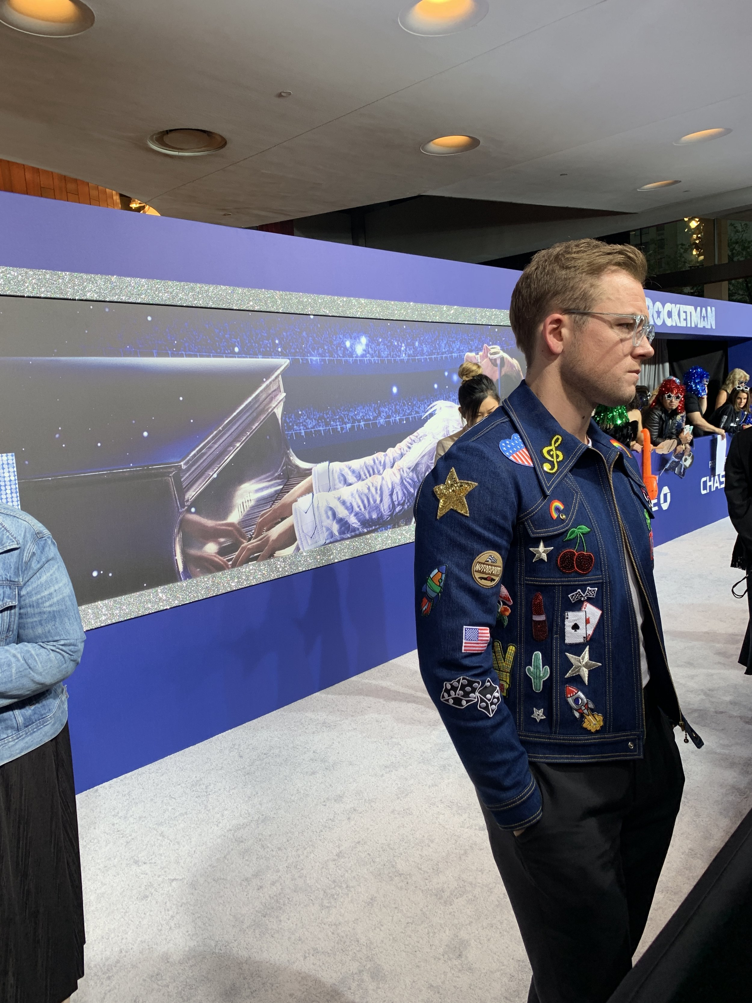 the star of rocketman, taron egerton! - The star of Rocketman, Taron Egerton, made his way down the red carpet at the NYC premiere of the new Elton John musical fantasty movie! George and his team were there to capture the action.
