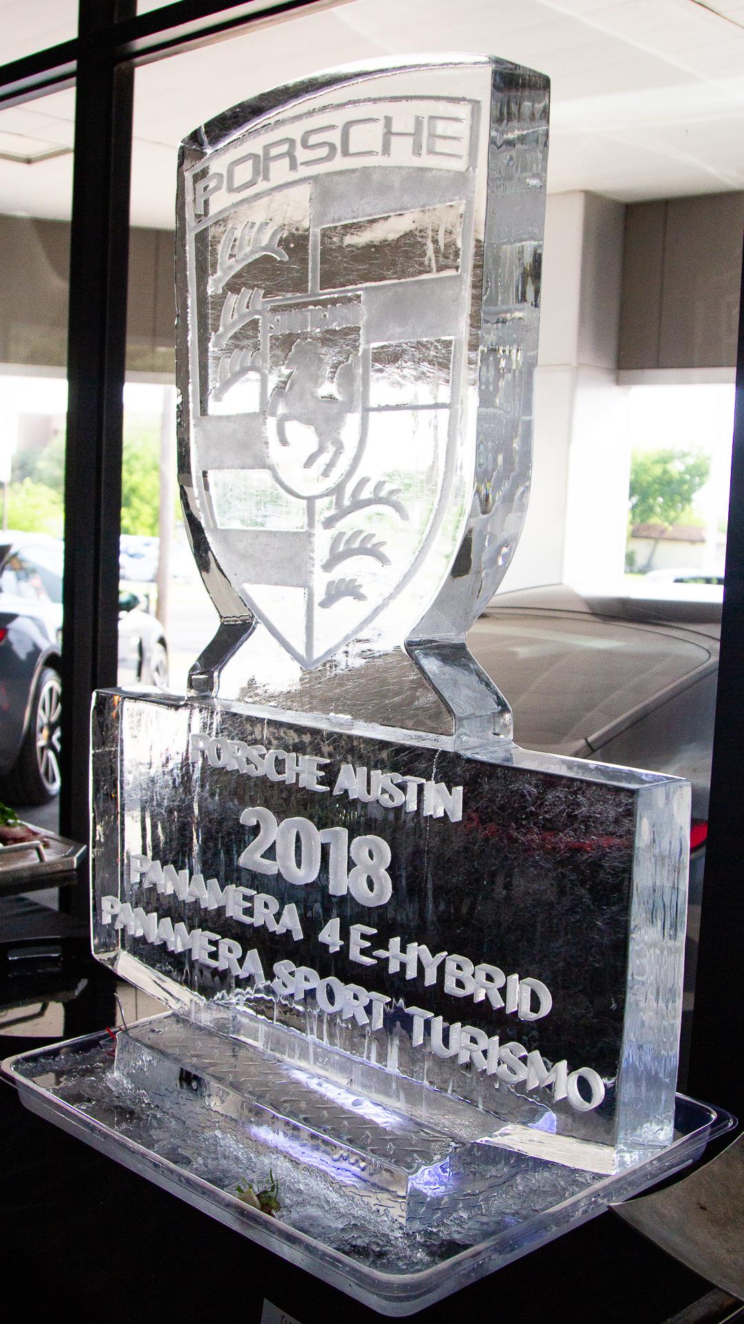 Porsche-Austin-2018-Panamera-12.jpg