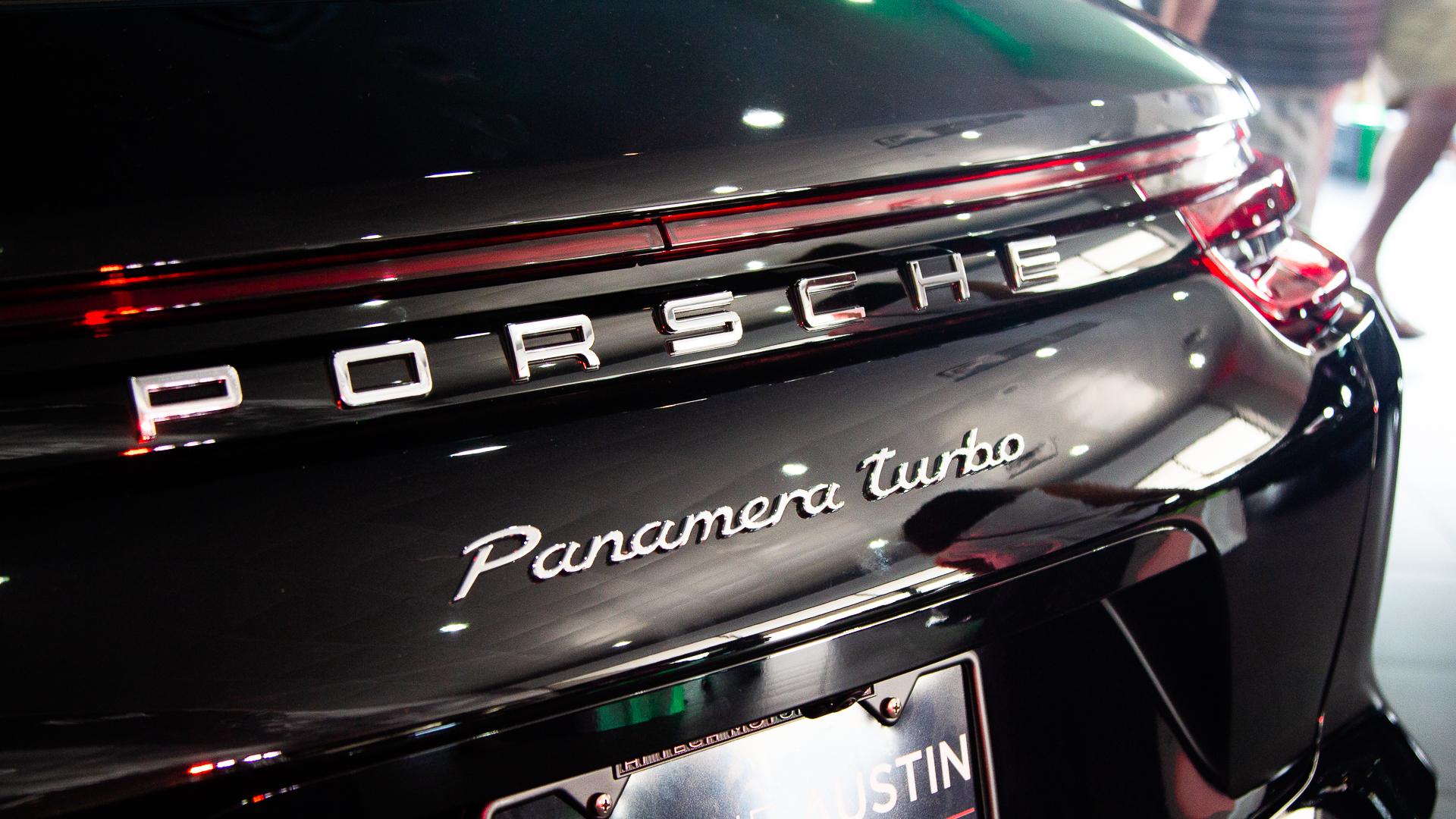 Porsche-Austin-2018-Panamera-15.jpg