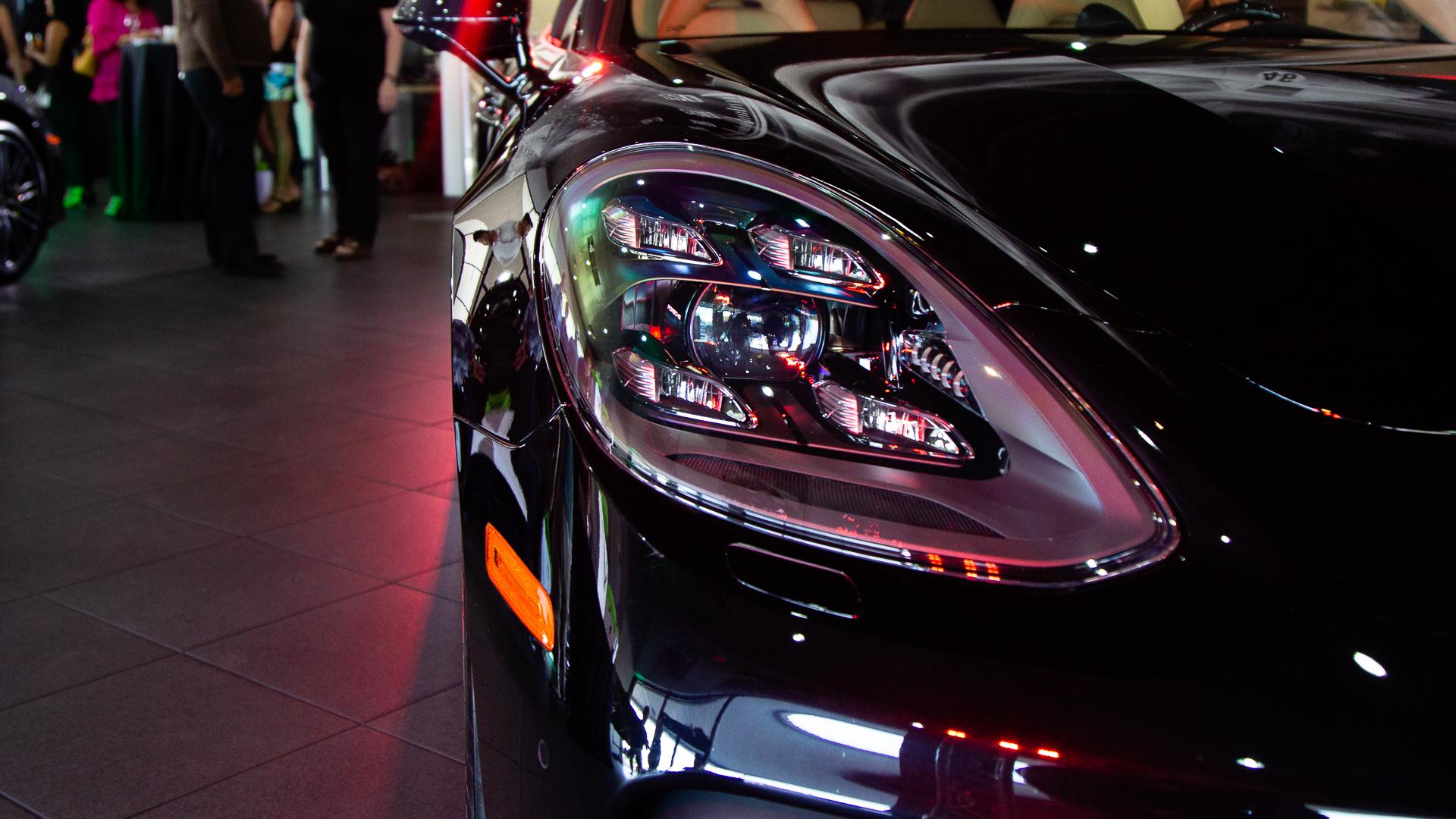Porsche-Austin-2018-Panamera-20.jpg