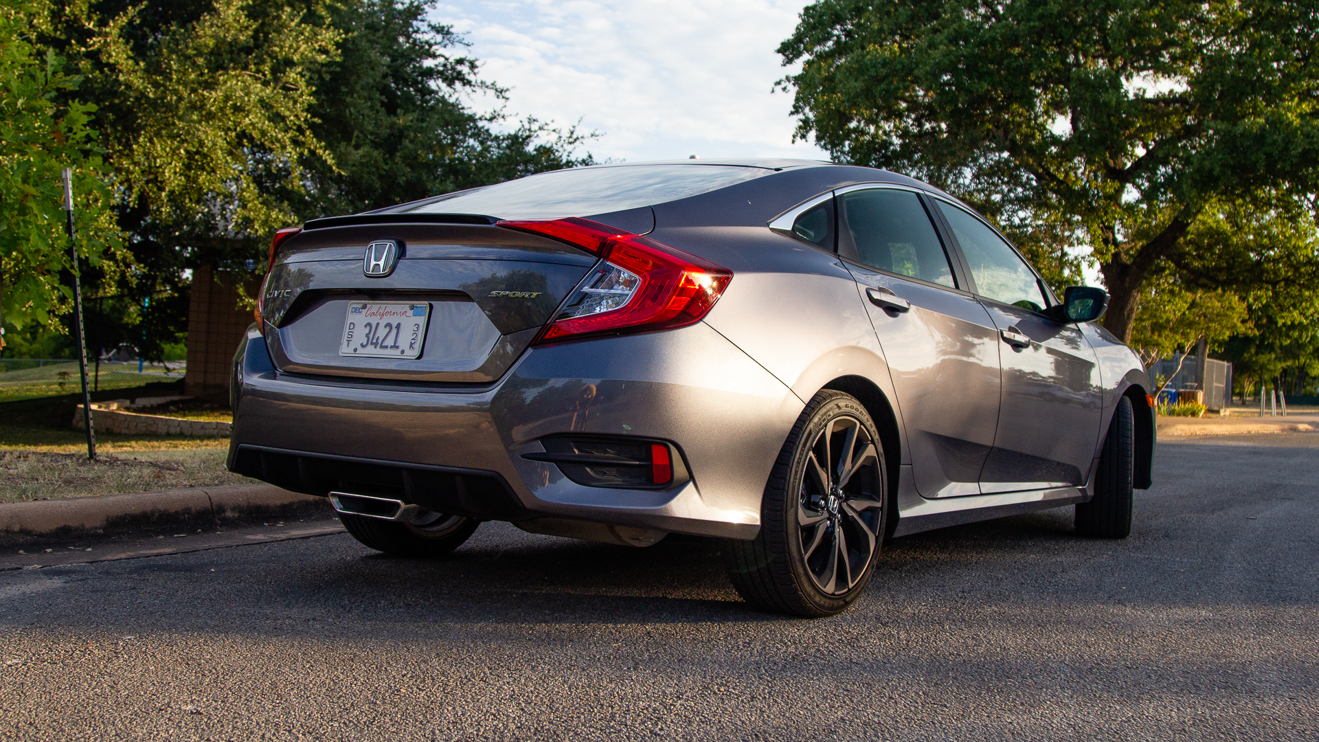 Honda Civic Sport 2019-2.jpg