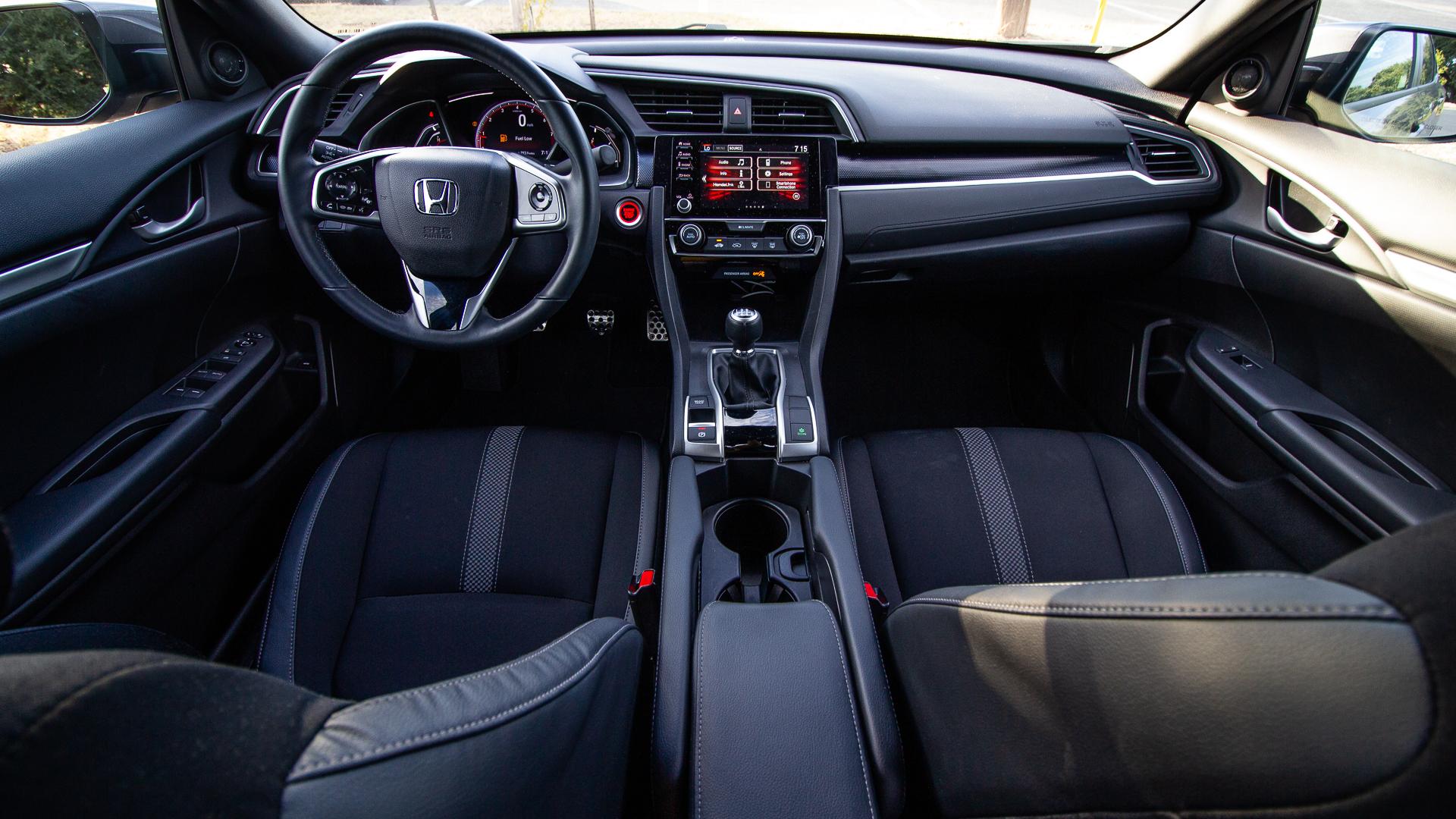 Honda Civic Sport 2019-3.jpg