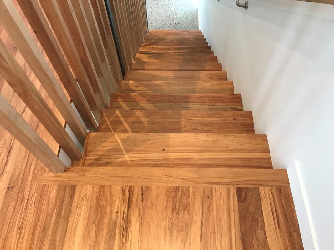 stairs - box.jpg