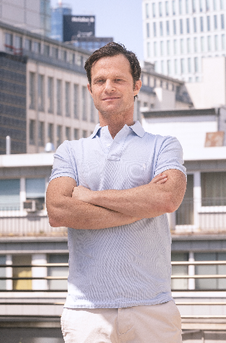 Tristan Lorenz - curatorial lead