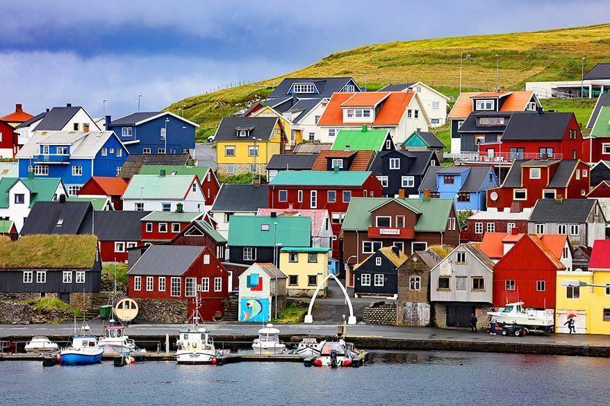 Colorful-Nolsoy-village-on-the-Faroe-Islands.jpg.optimal.jpg