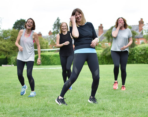 women-exercise-group-class-outdoor-enjoy-training-outside-tunbridgewells.jpg