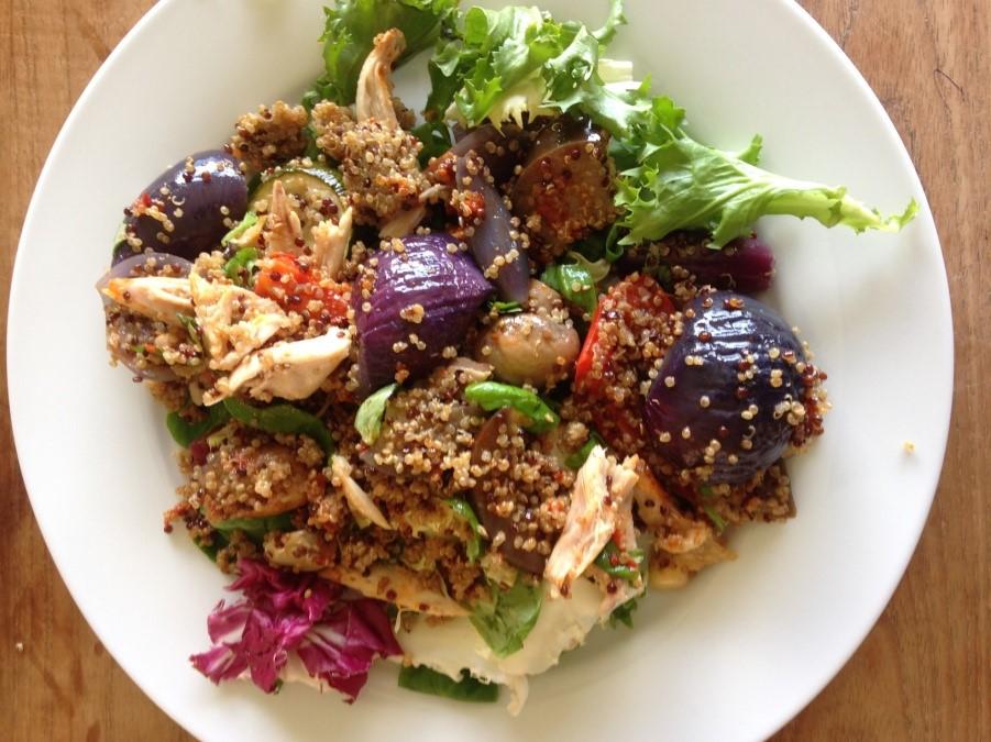quinoa-chicken-roastedveg-healthylunch.jpg
