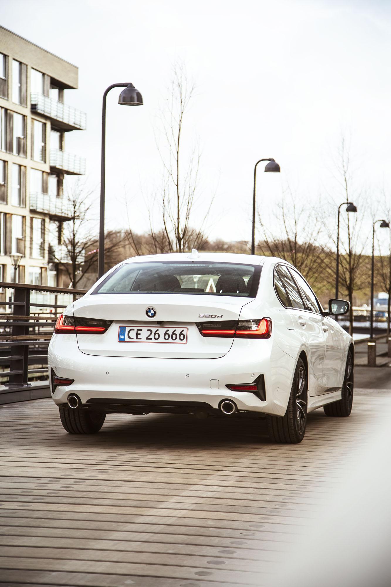 BMW_3-serie_02.jpg
