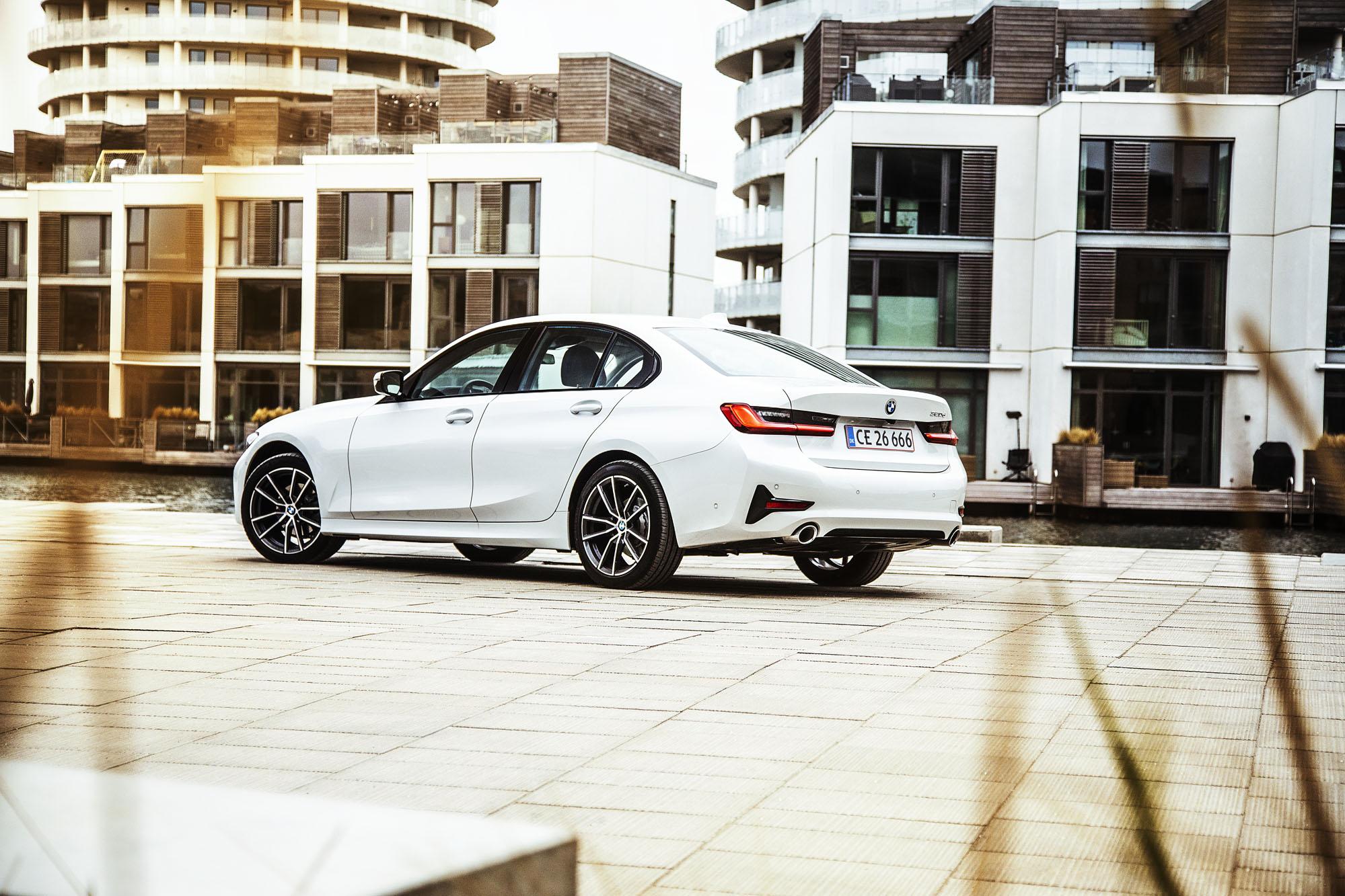 BMW_3-serie_04.jpg