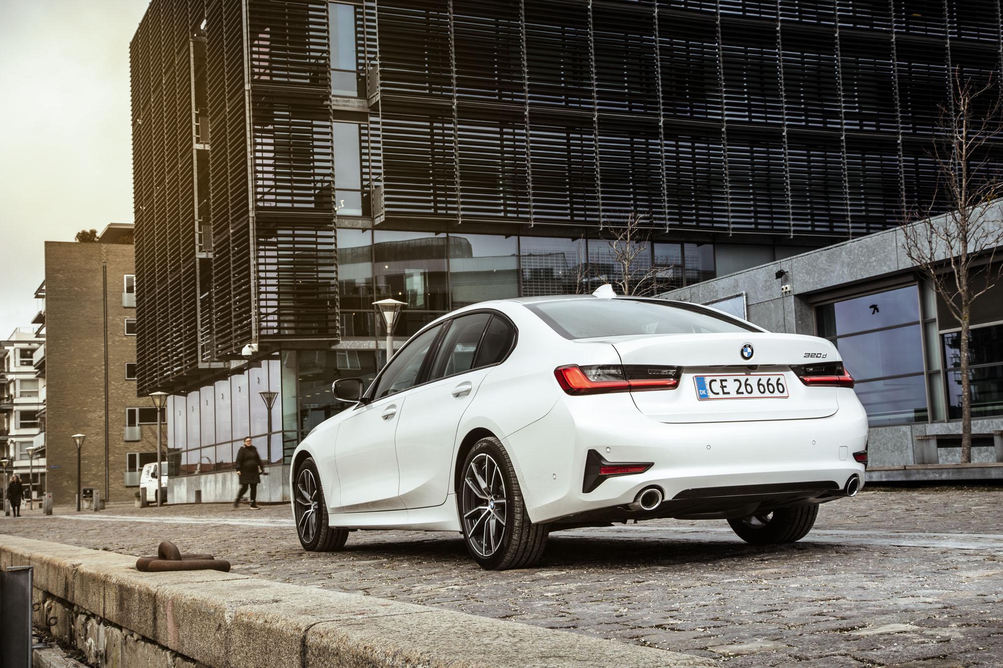 BMW_3-serie_10.jpg