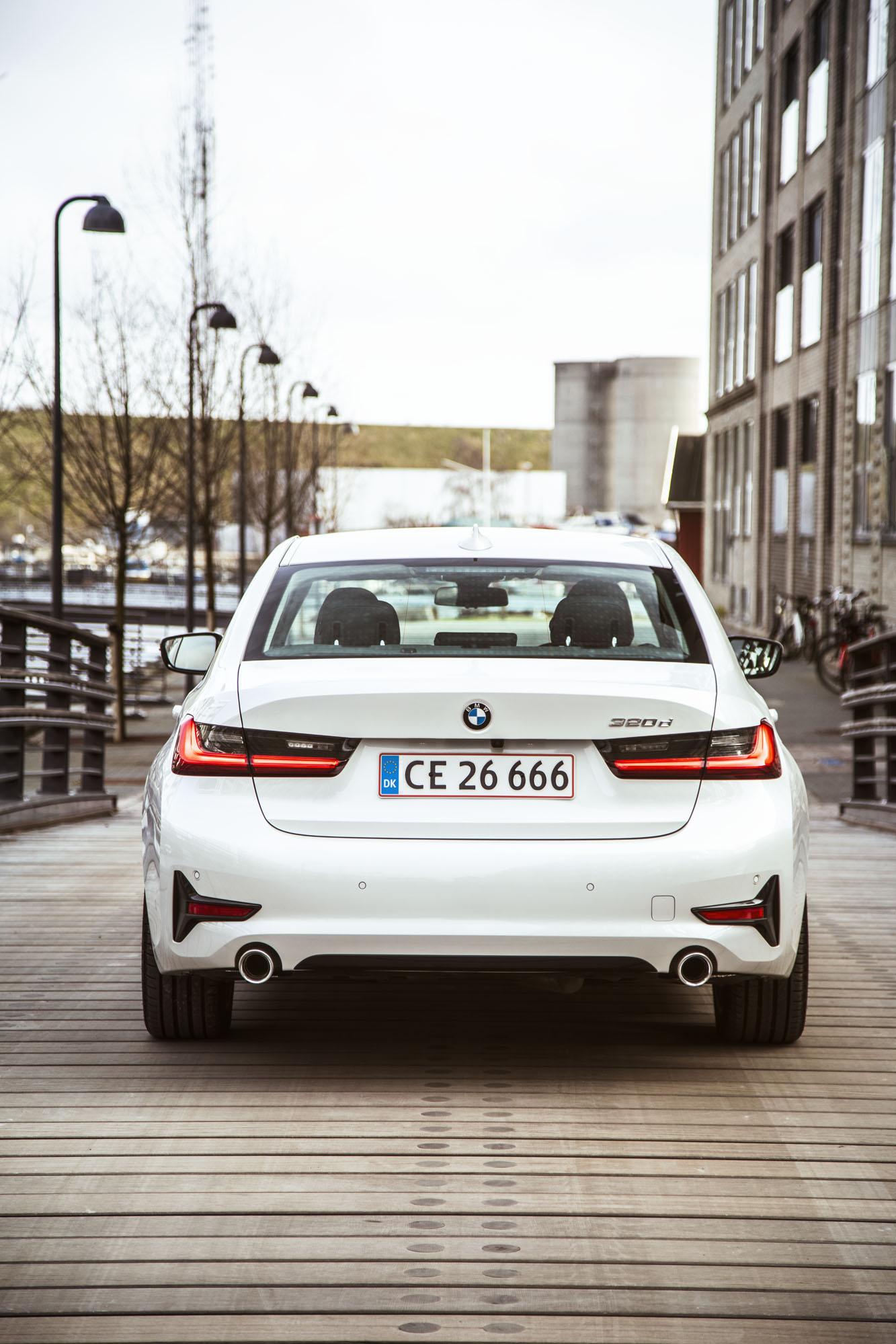 BMW_3-serie_13.jpg