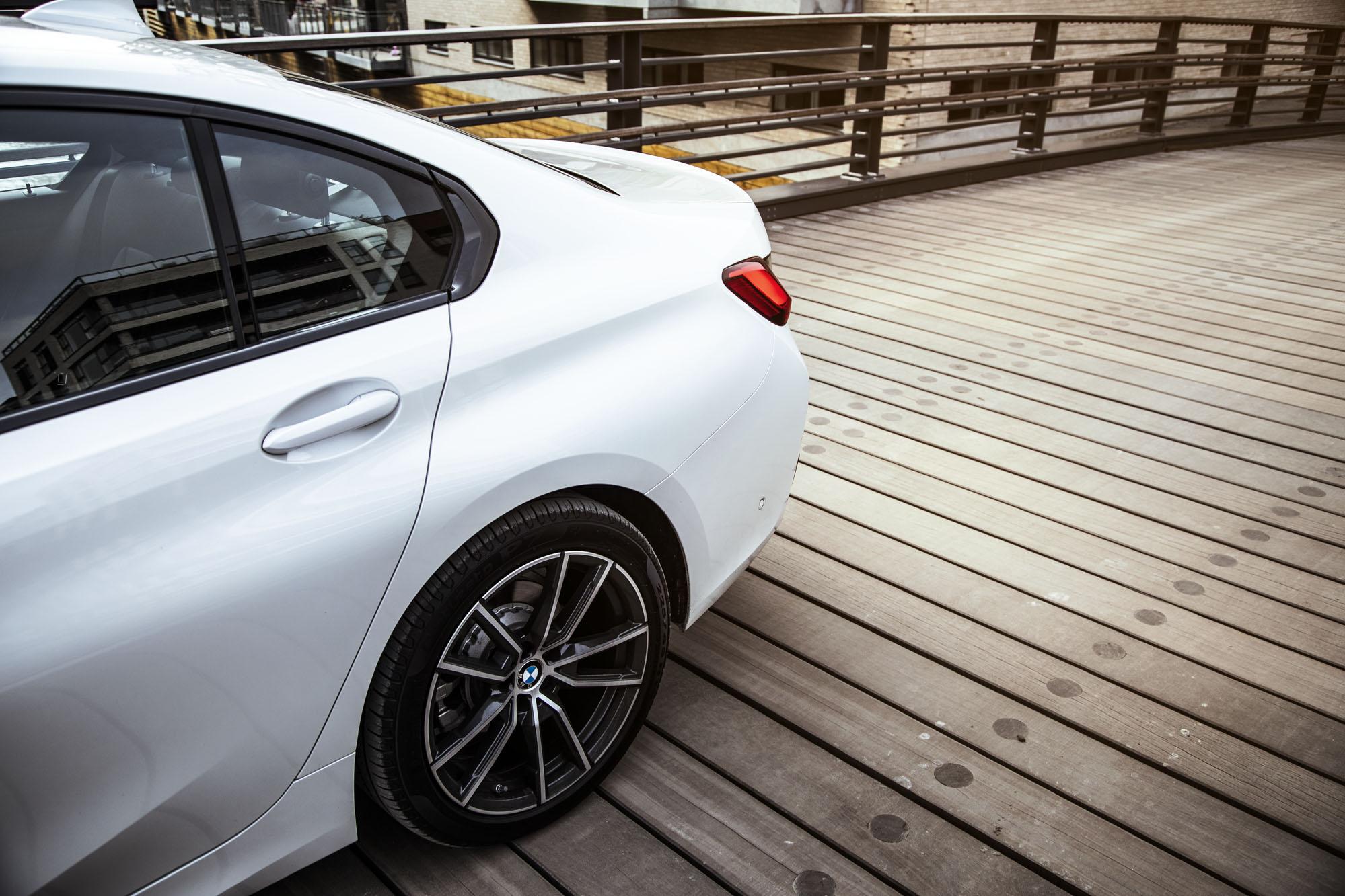 BMW_3-serie_15.jpg