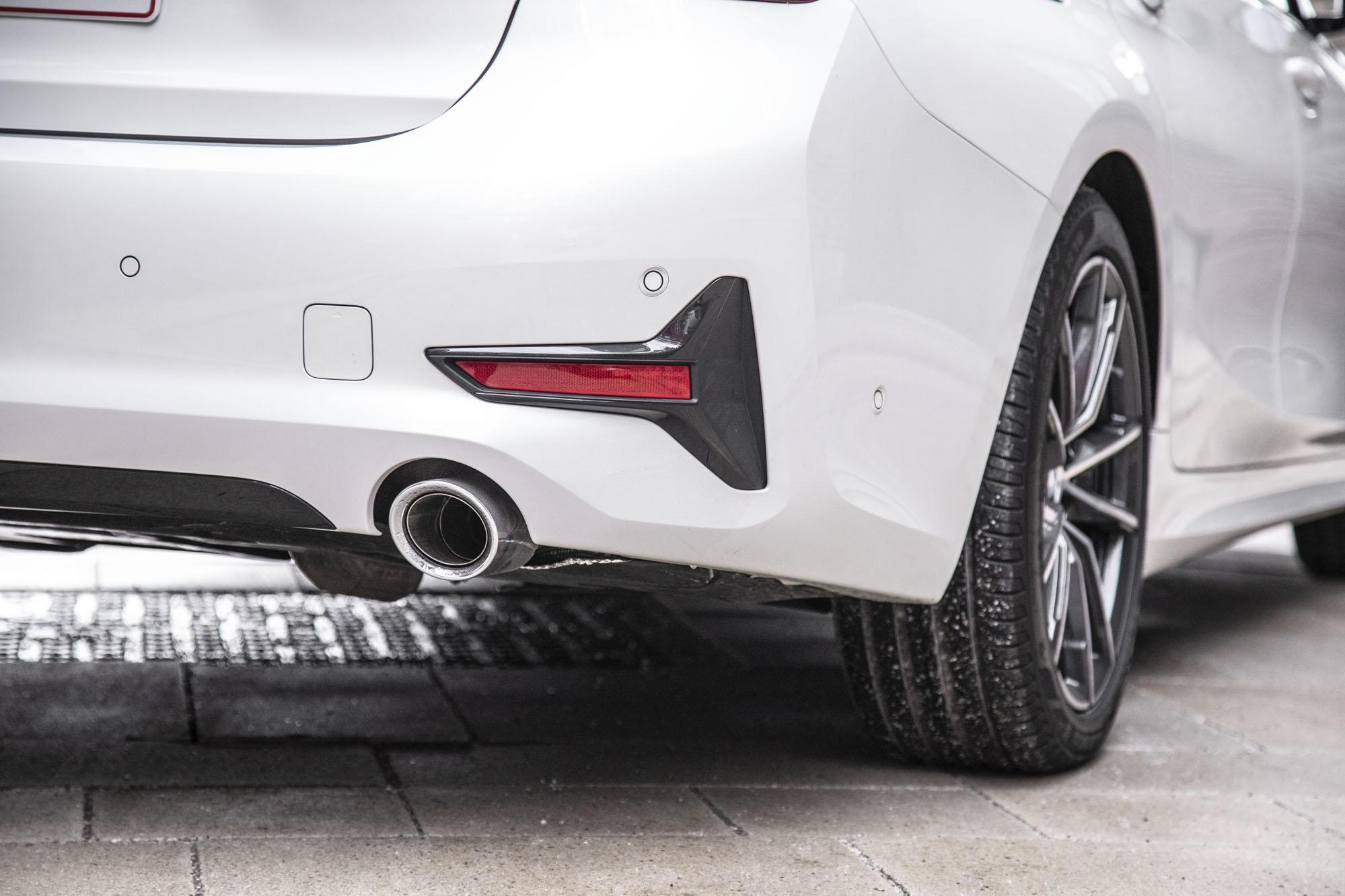BMW_3-serie_16.jpg