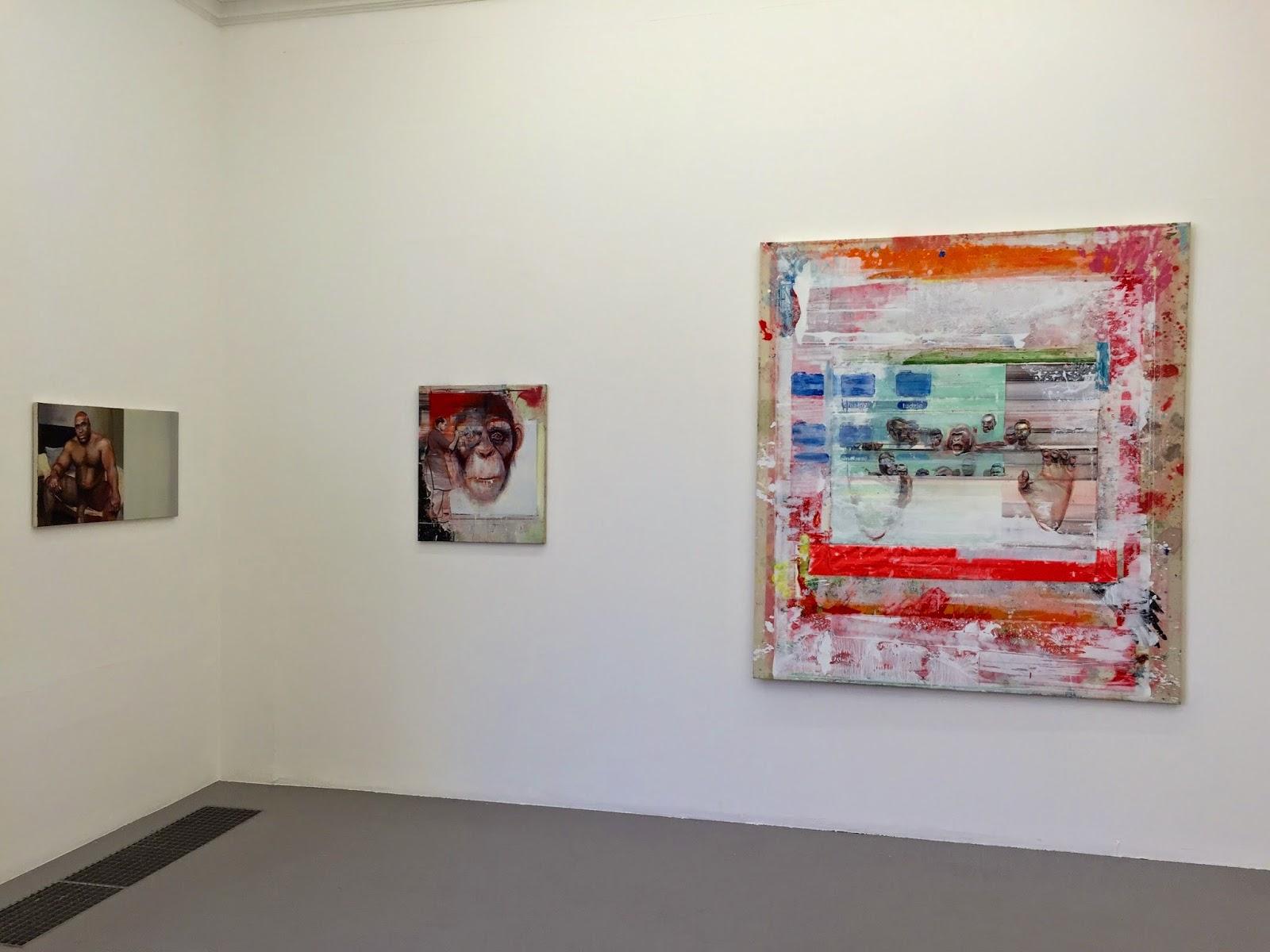 "Vue de l'exposition de Radek Szlaga ""The Heart""."