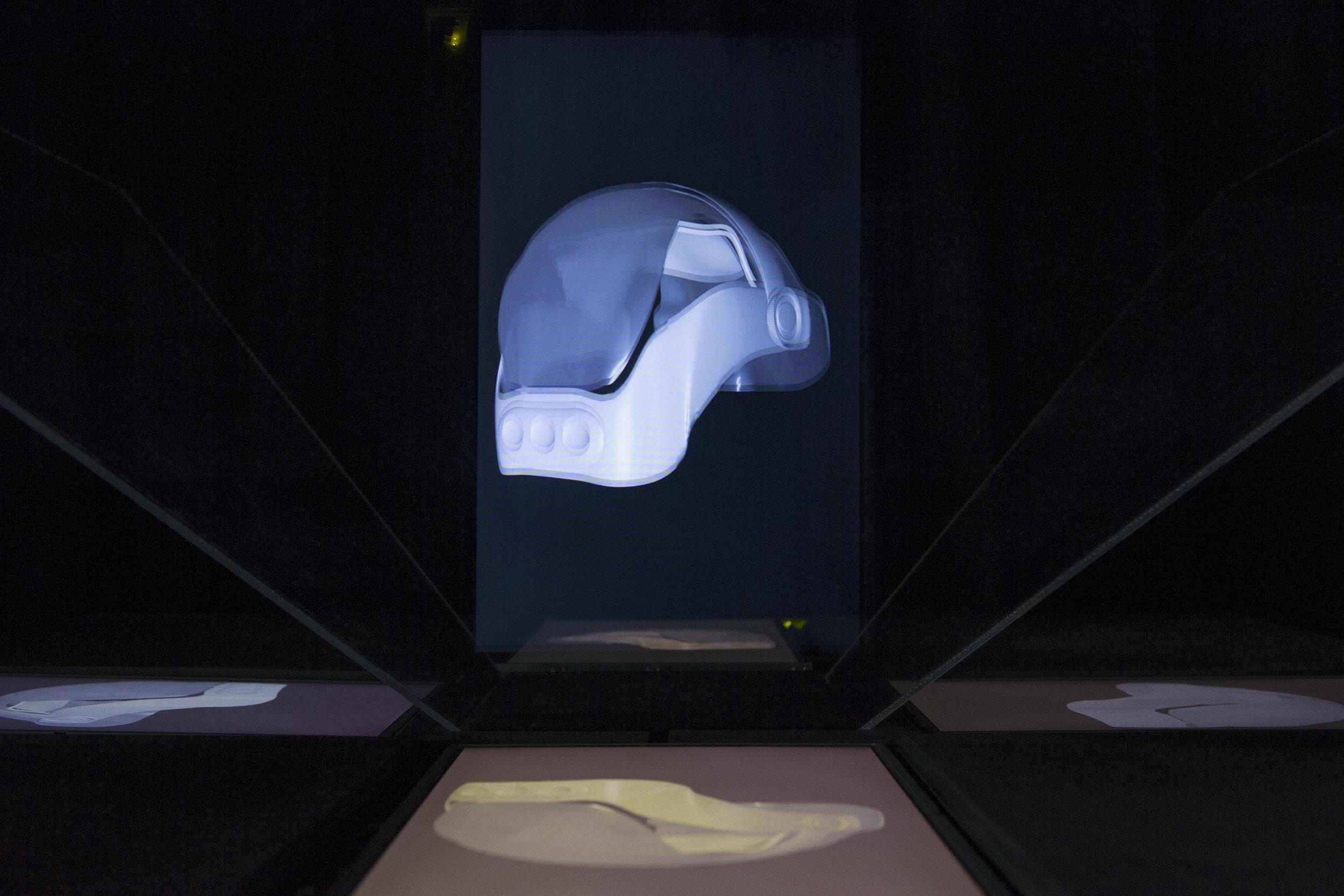 """Vue de l'exposition de Rodrigo Bueno, """"Out of character"""". Palais de Tokyo."""