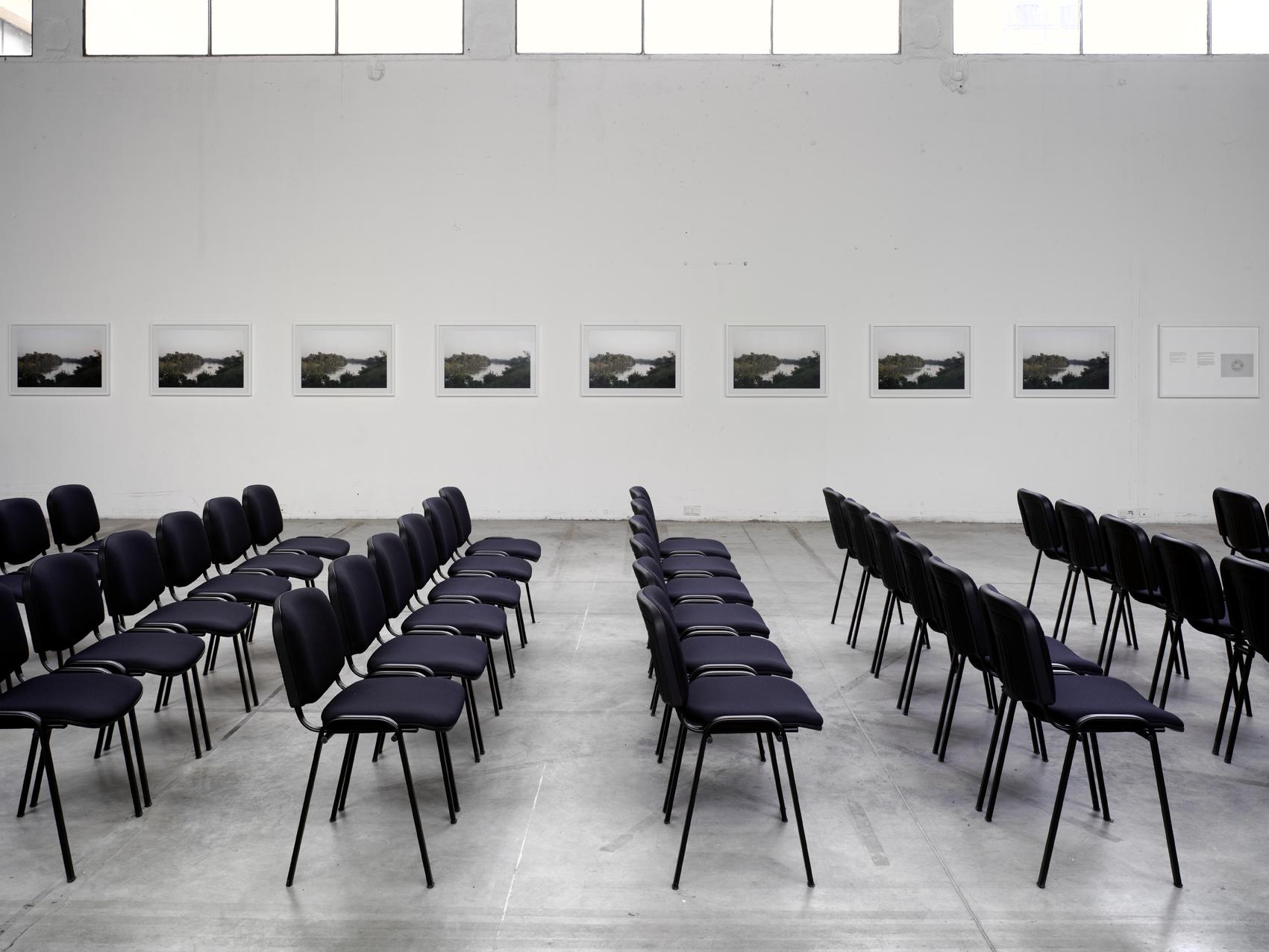 """Vue de l'exposition de Fernando Ortega, """"Fuite/Leak"""". Palais de Tokyo."""