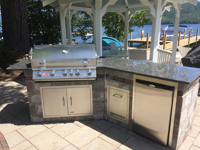 Stunning outdoor kitchen in Halfmoon, NY