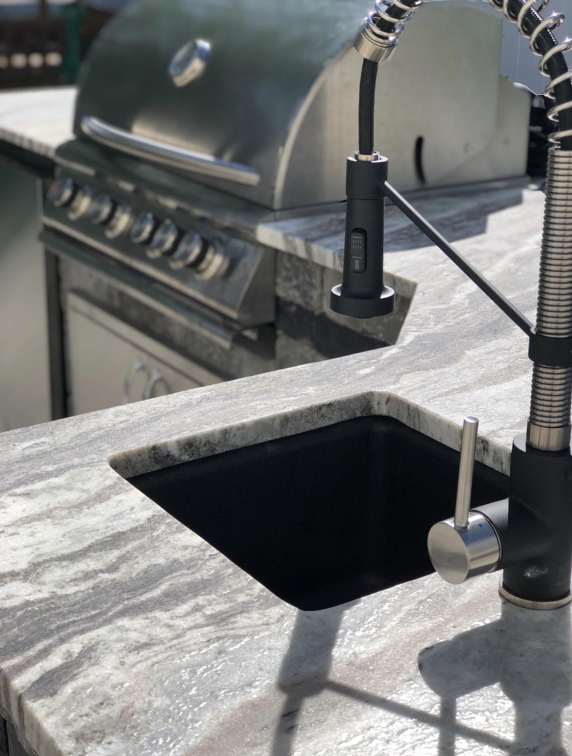 New outdoor kitchen in Halfmoon, NY