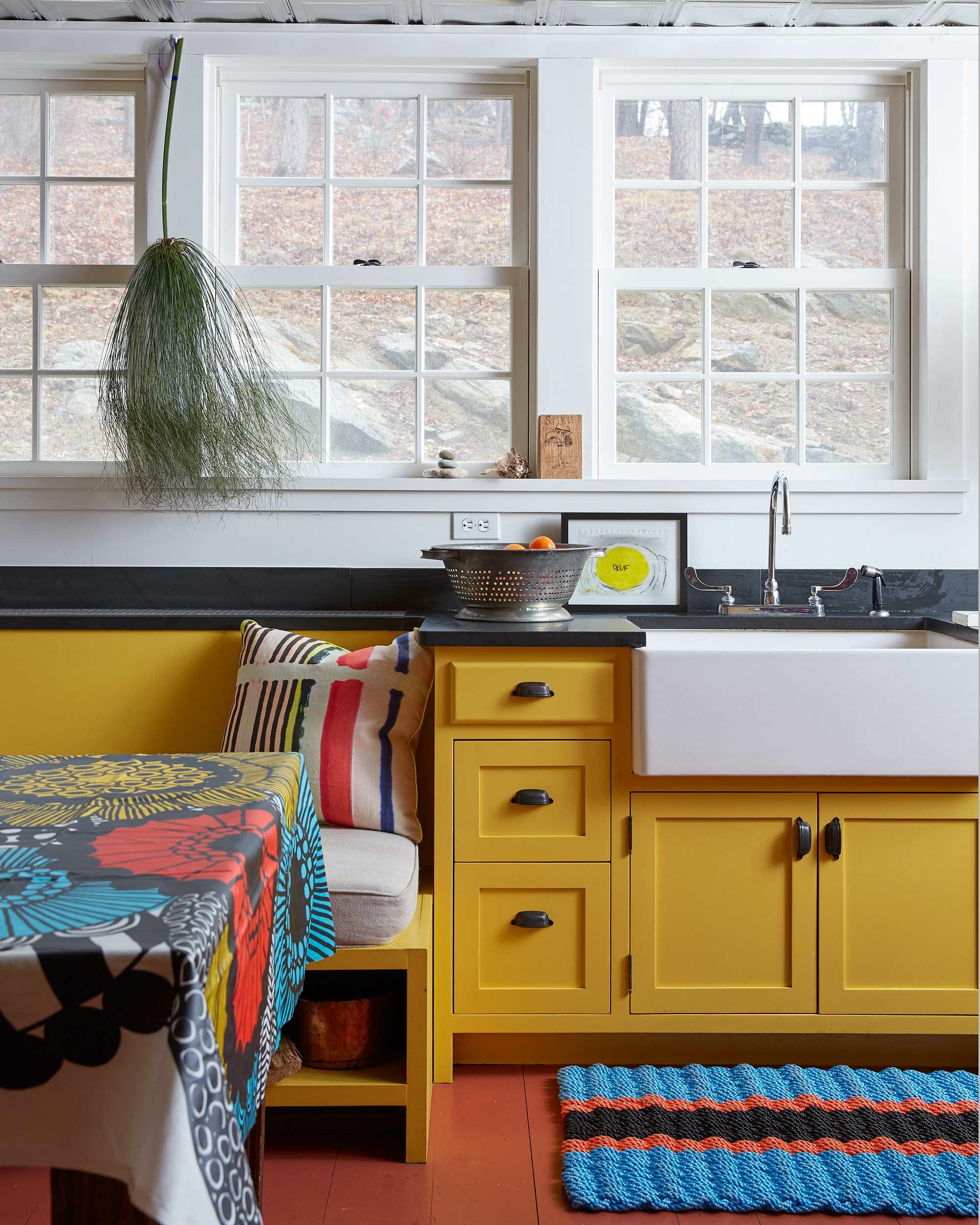 Kitchen_Windows_Porcelain_Sink_Marimekko.jpg