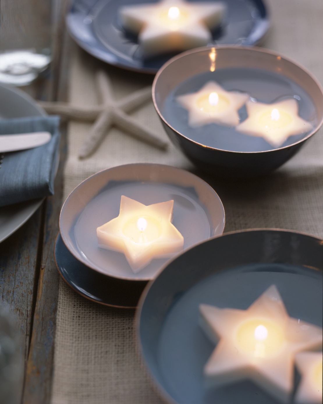 Martha_Stewart_Floating_Candles_MollyFitzsimons.jpg