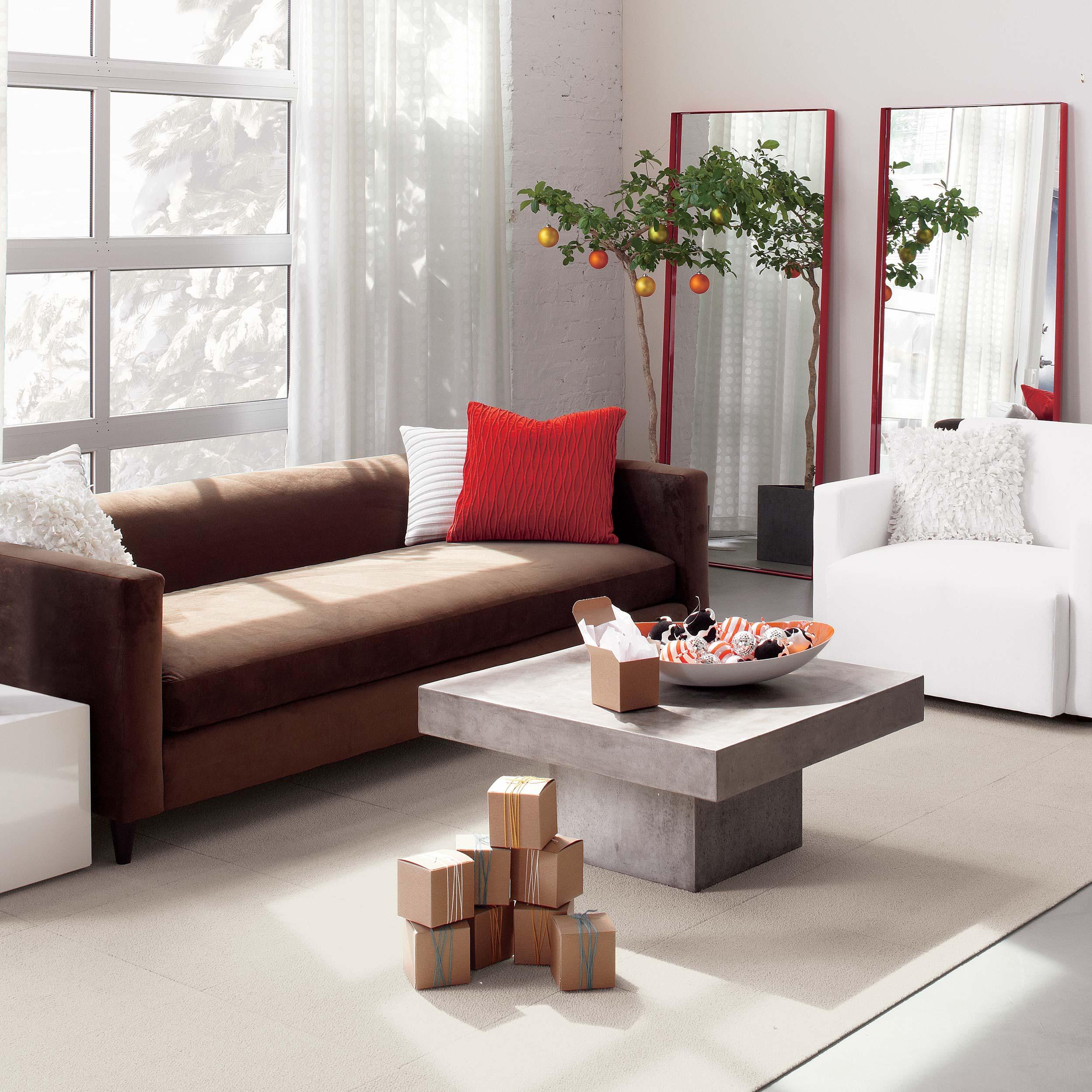 CB2_living room_holiday_molly fitzsimons.jpg