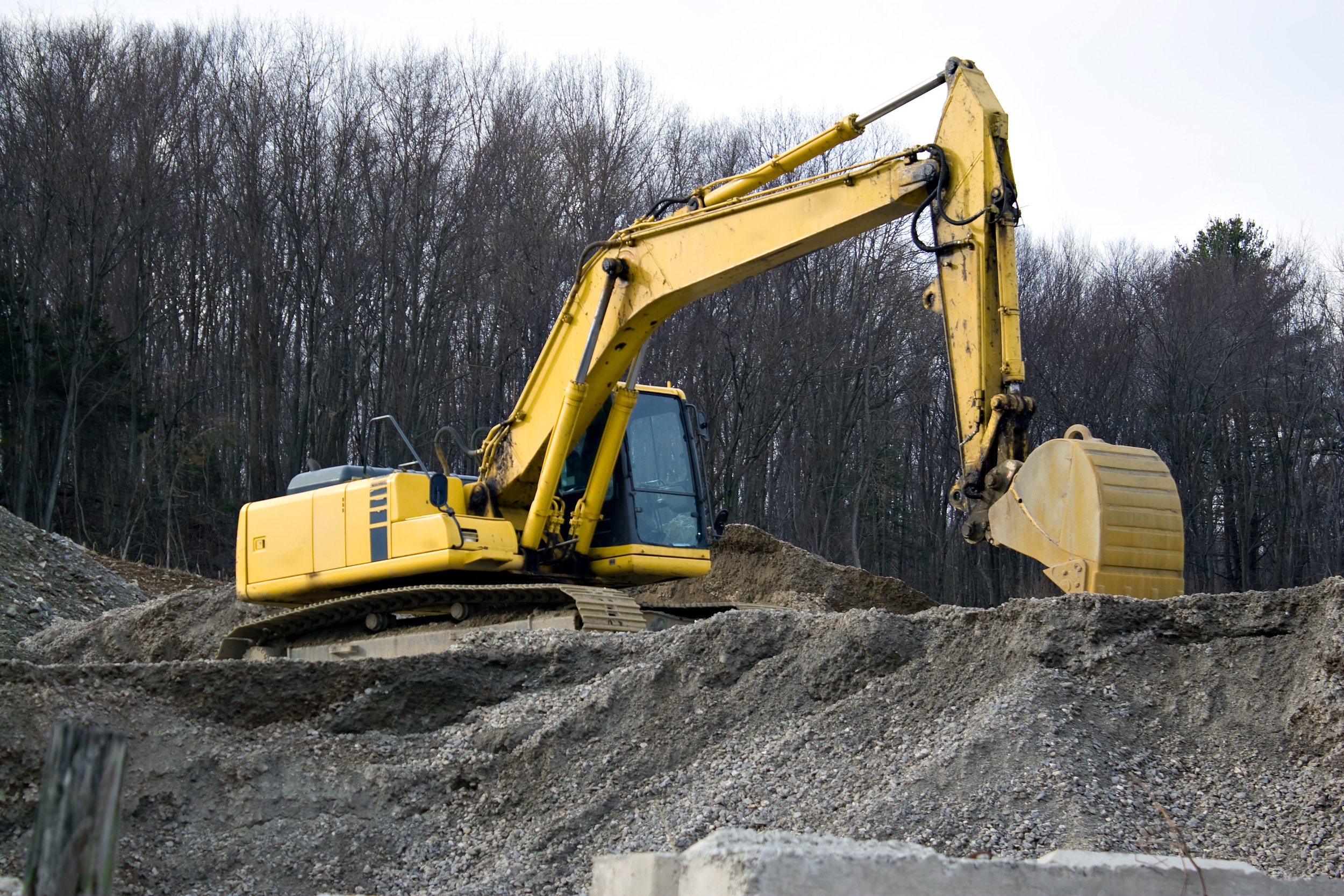 view-of-a-construction-site-with-heavy-duty-equipment_StNl7EuArj.jpg