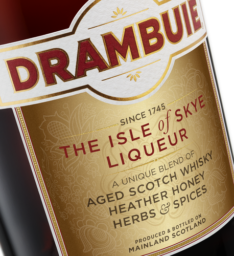 Low PNG-wdv_drambuie_shot_5_CLOSE_UP.png