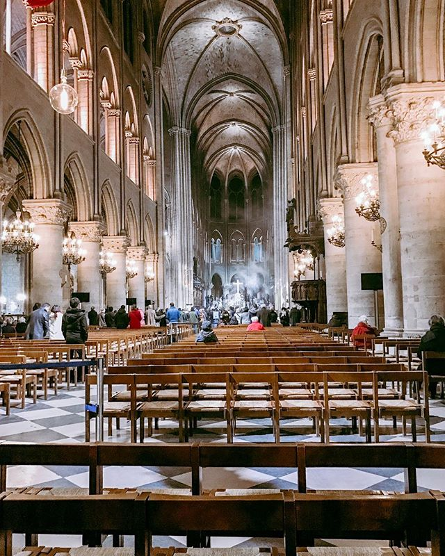 "Thank God I was able to experience the ""smell and bells"" and feel the Holy Spirit in #notredame with Witten. Swipe to see the incense and hear the acoustics when we were there in 2016. Today is so so so sad 😭 💔 #paris #prayingforparis🙏🏼"