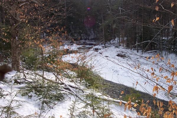 moss road, lewis - 1 river.JPG
