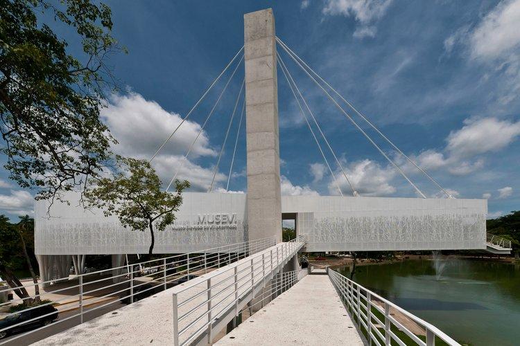 Museo Elevado de Villahermosa - Villahermosa, Tabasco, México