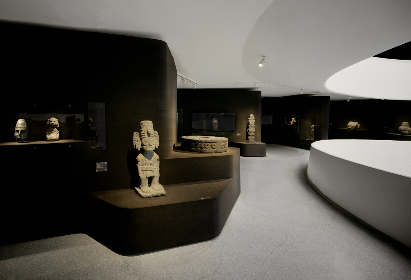 The Aztec Empire - Guggenheim Museum - NY, USA