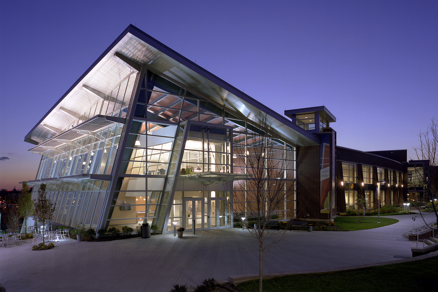 University of Akron Student Centre — Akron