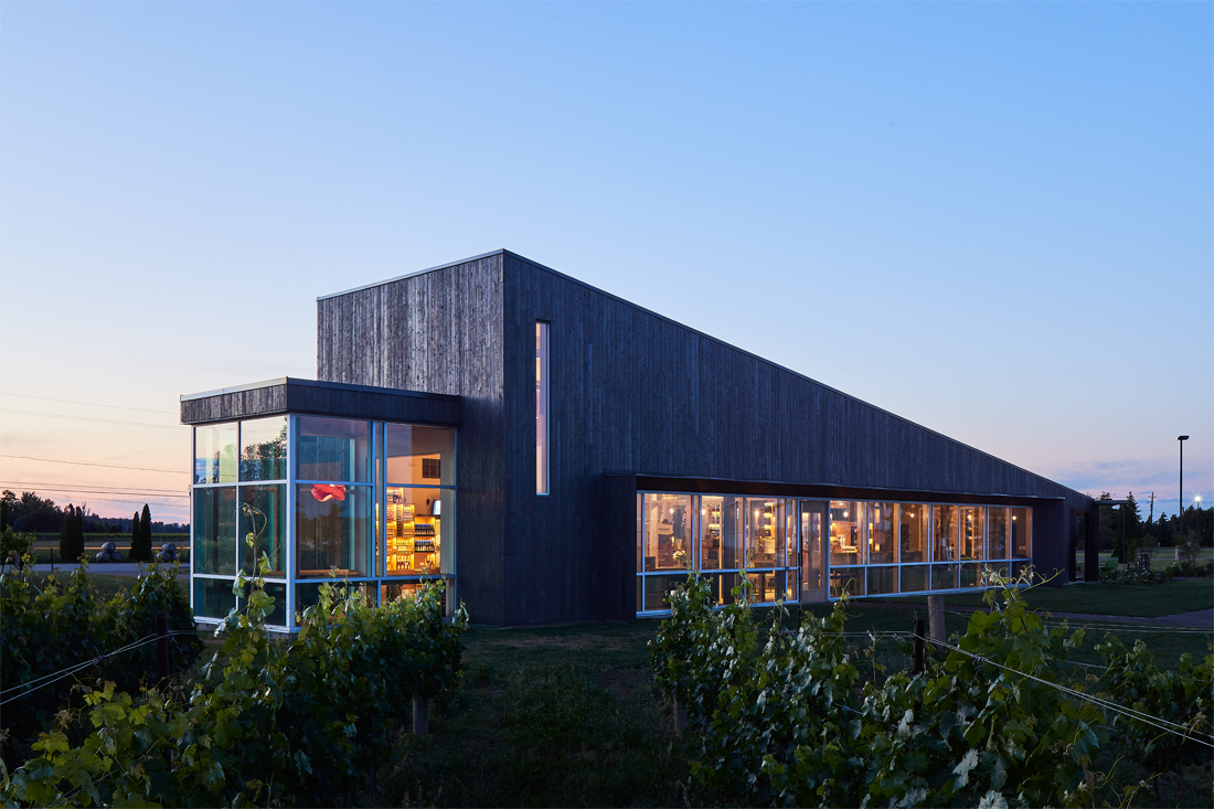 105-Thier Curran Lakeview Winery.jpg