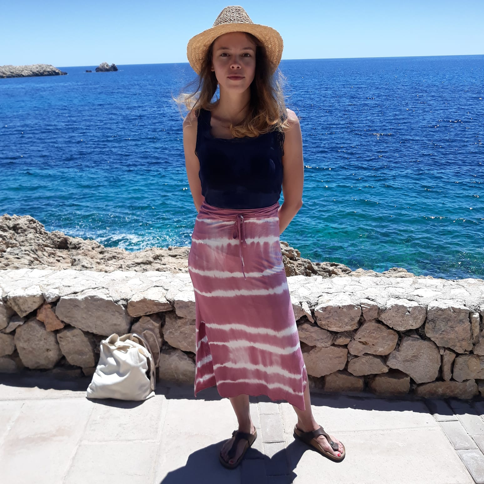 Julia Schmidt - Ich bin Julia, komme aus Freiburg und kann aus eigener Erfahrung sprechen, wie schwierig es ist, wirkungsvolle und natürliche therapeutische Alternativen zu finden. Deshalb setze ich auf dōTERRA und würde mich freuen dich bei deinen Anliegen zu unterstützen: heyjuli@gmx.dedoTERRA: 7632319